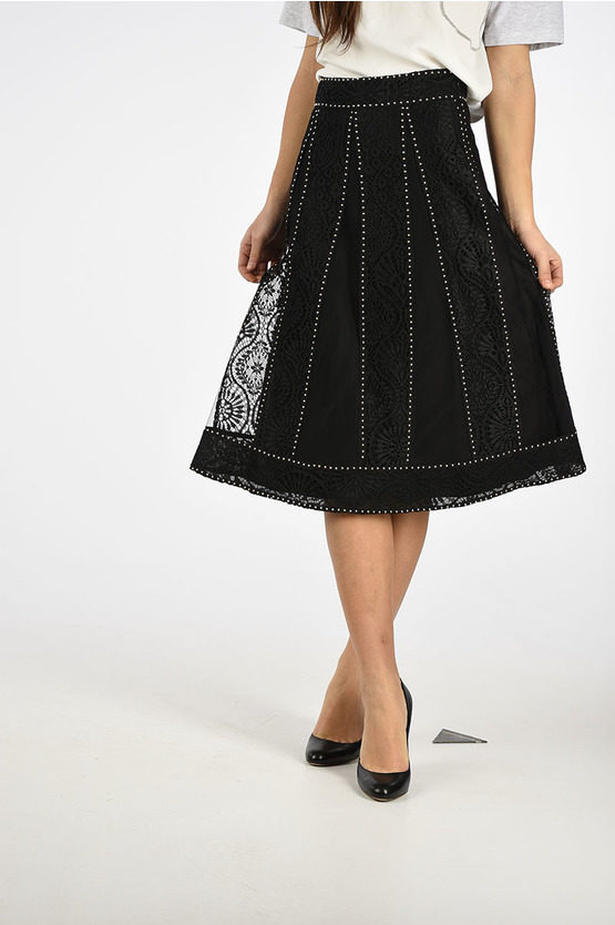 Embroidered Skirt with Stud