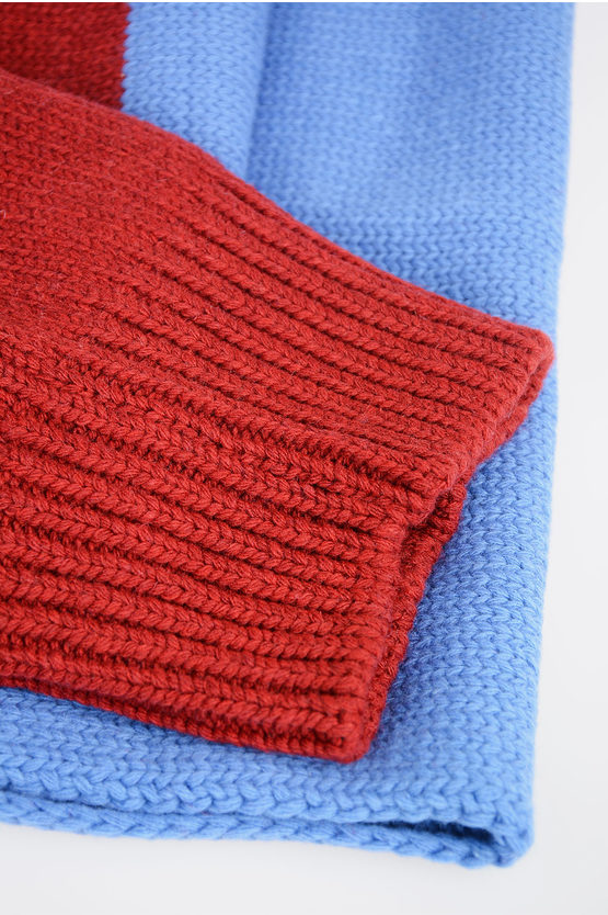 Knitted Scarf with Fringe