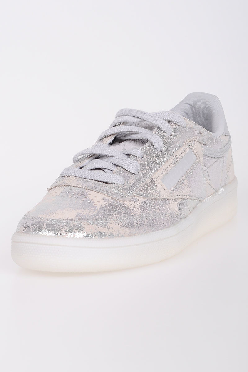 38df2210268ba Reebok Leather CLUB C 85 TEXTURAL Sneakers women - Glamood Outlet