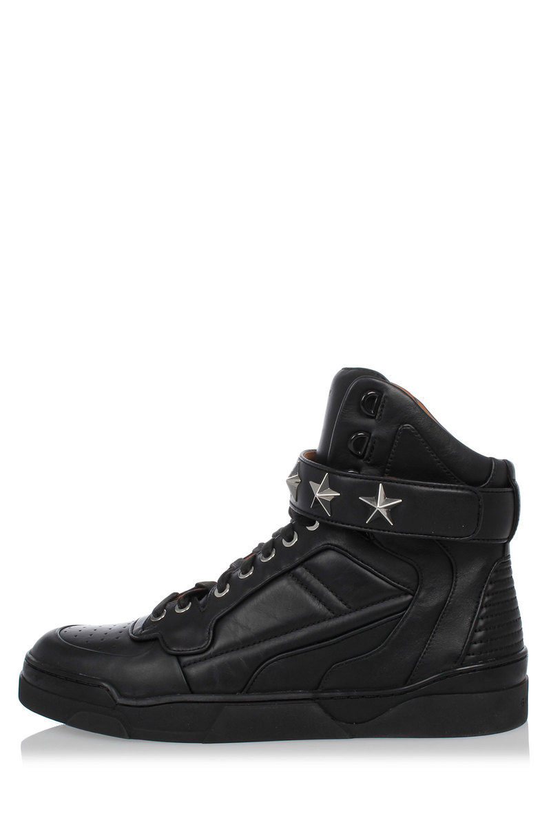 Givenchy Leather Studded TYSON Sneakers women - Glamood Outlet f04069d31
