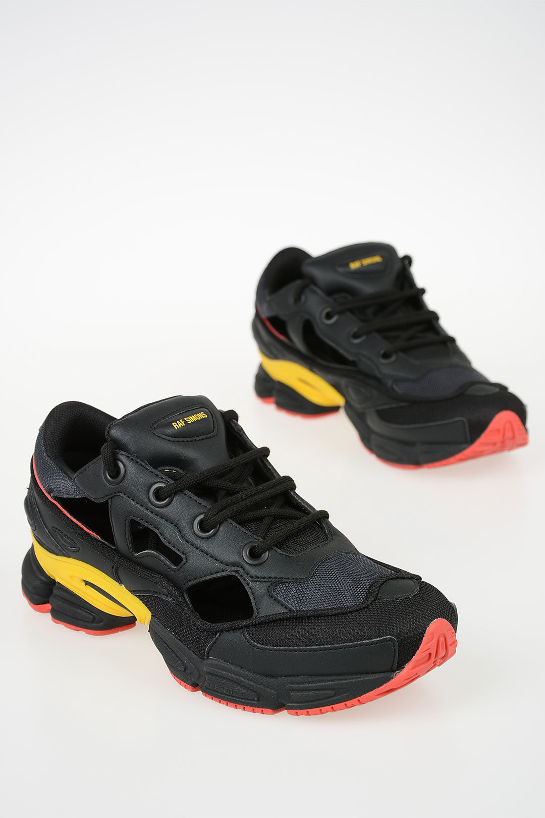 watch 3a723 49c53 RAF SIMONS Sneakers REPLICANT OZWEEGO + Socks