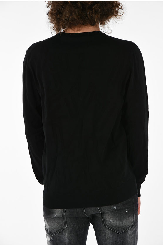Round Necked Sweater With Embroidery