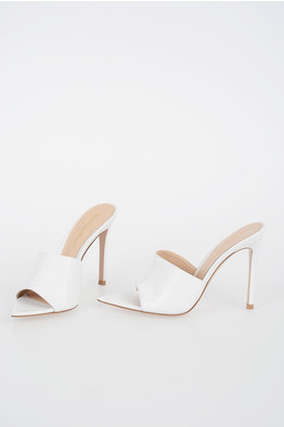 129933b8ee Outlet Gianvito Rossi donna - Glamood Outlet