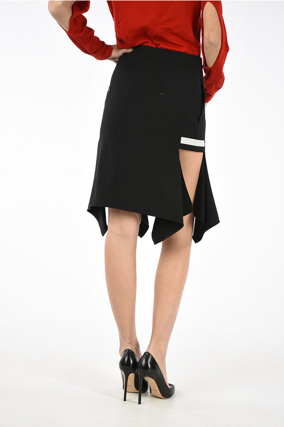Skirt with Lateral Tear