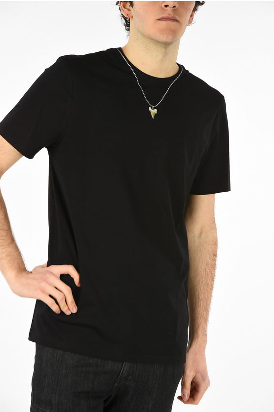 Slim Fit SHARKTOOTH NECKLACE T-shirt