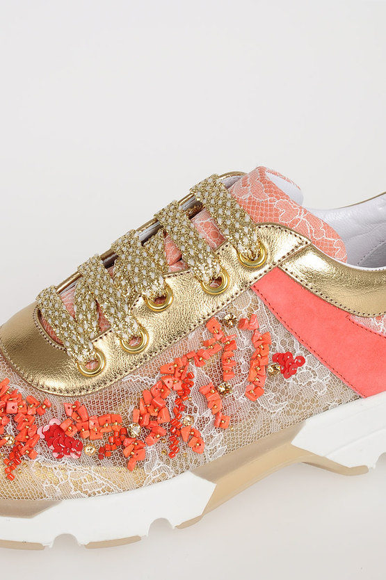 Sneakers with Coral Embroideries