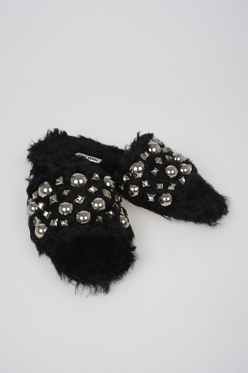 Miu Miu Studded Faux Fur Slipper women - Glamood Outlet 1837e88d4b85f