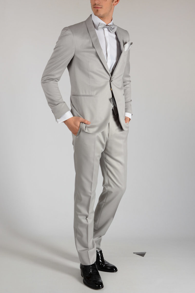 CC COLLECTION Virgin Wool in 3 pieces CERIMONIA Suit Spring/summer Corneliani o95OY6Fx8